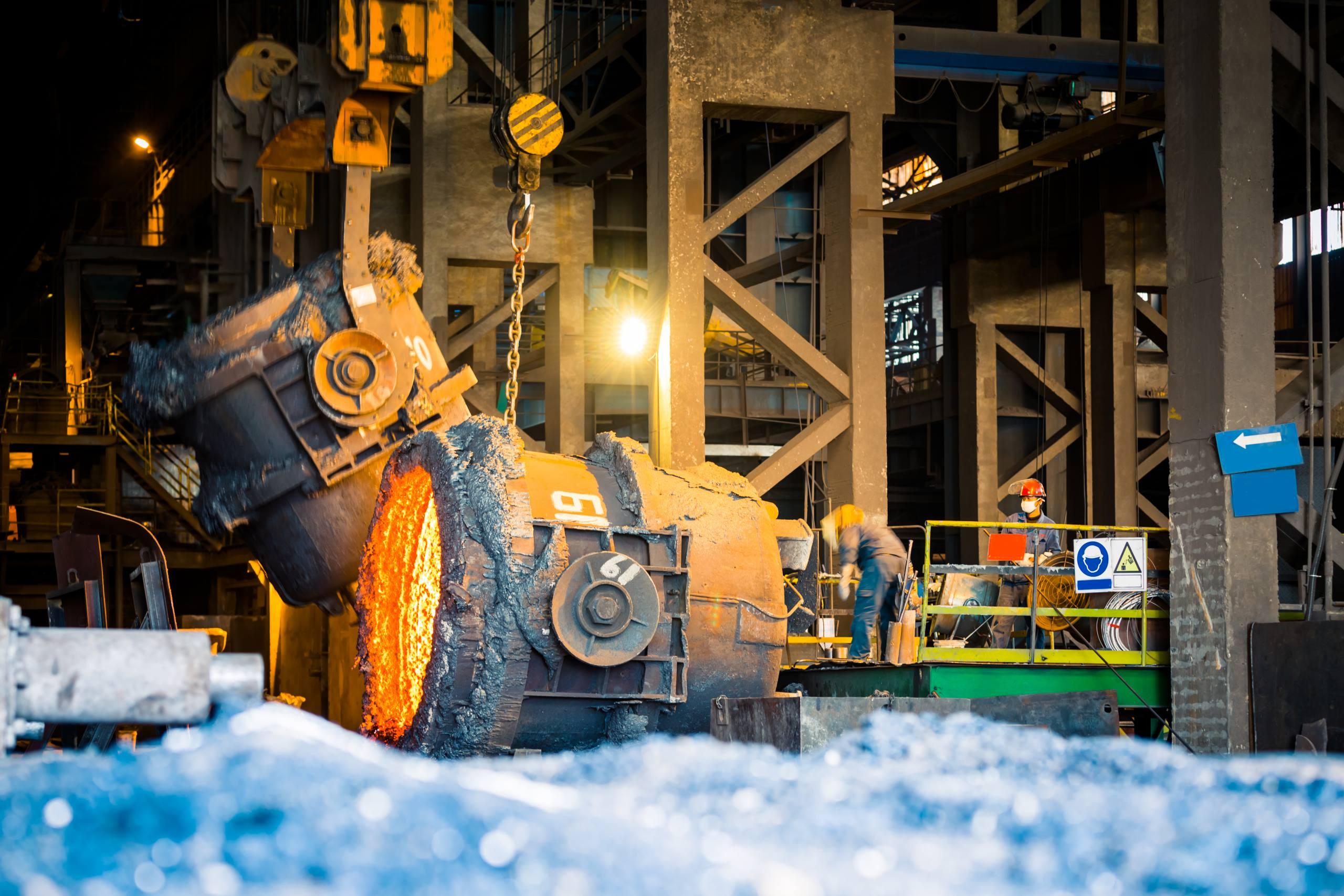 Confiança da indústria sobe 12,2 pontos em julho, aponta FGV